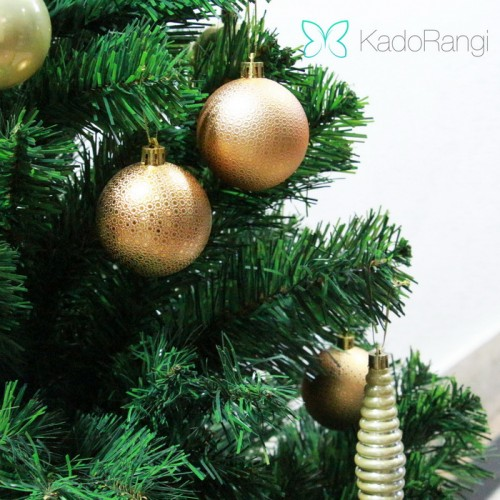 خرید درخت سبز کریسمس مصنوغی