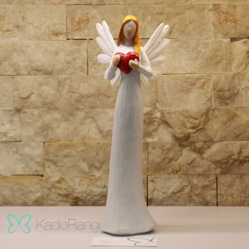 مجسمه فرشته نماد عشق