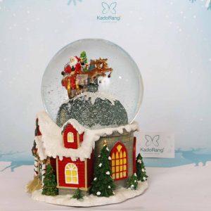 گوی برفی خانه کریسمسی