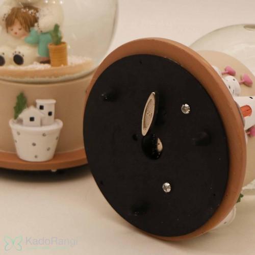 گوی برفی موزیکال خرس و کودک در کادو رنگی