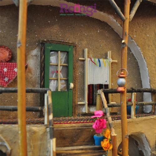 خانه سنتی نمایی از دار قالی