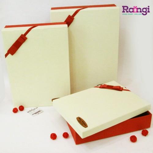 خرید جعبه کادویی مستطیل قرمز کرم-فروشگاه کادوپیچی