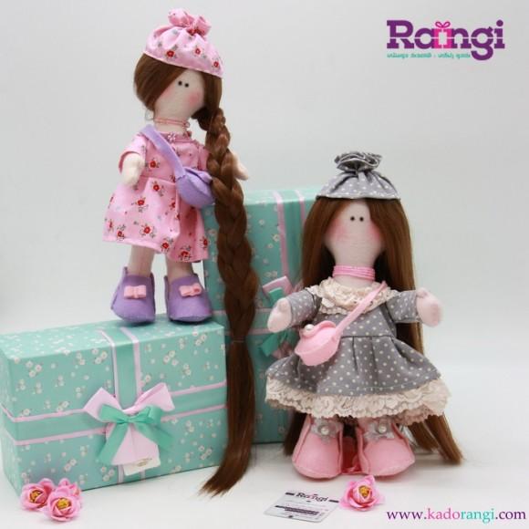 عروسک دختر نمدی
