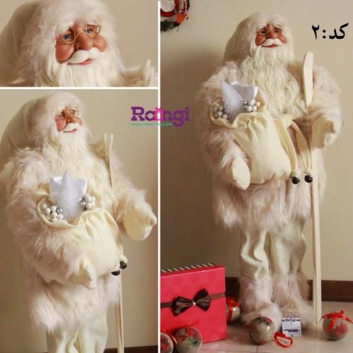 بابانوئل کریسمس کرم با چوب اسکی