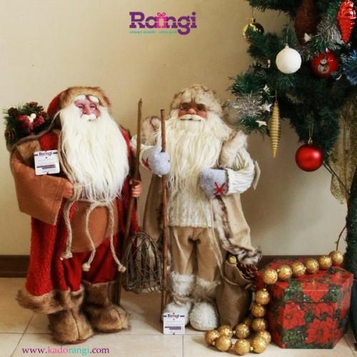 بابانوئل با سایز متوسط و لوارم تزیینی