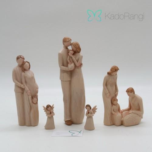 مجسمه فرشته طرح عشق خانواده