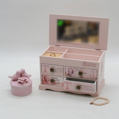 جعبه جواهر چوبی طرح مرلین مونرو